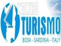 L'Altro Turismo Escursione in Barca