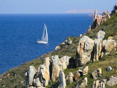 Emozioni Mediterranee Escursione in Barca