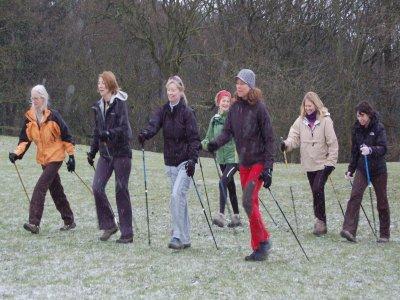 Lezione base di Nordic Walking a Bardonecchia