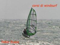 Corsi di windsurf sul litorale romano
