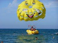 Il parasailing sorride!