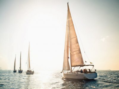 BlueDream Sailing Charter Vela
