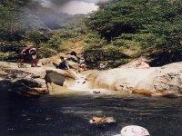 Sole, acqua e gioco canyoning sul Rio  Sessi