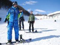 imparando ad anadare in snowboard