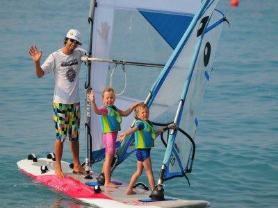 Corso Windsurf Kids (5-7 anni) a Bordighera (5h)