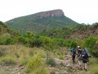 Trekking con zaino sulle spalle