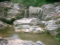 trekking ai canaloni del fiume Farma