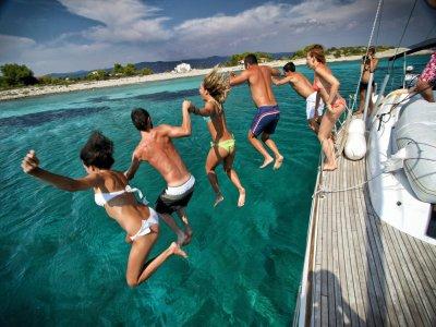 Escursione in barca sullo Stretto di Messina