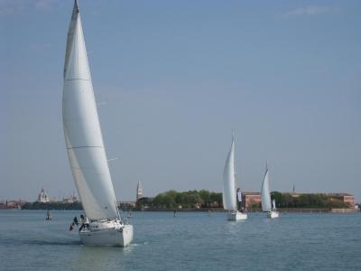 Escursione in barca a vela e weekend a Venezia