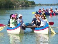 In canoa con la famiglia