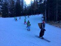 Ski in company