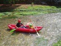 Kayak su acque tranquille