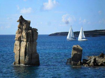 Settimana in barca a vela Oceanis 45, Carloforte