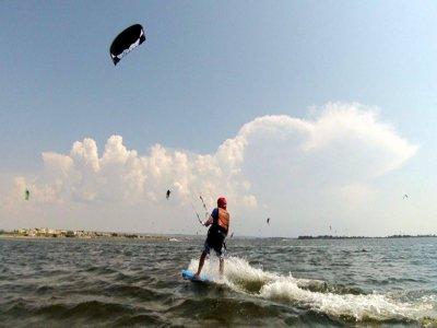 Kitesurfing lesson on the Isola delle Femmine 2 hours