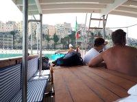 In barca!