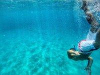 snorkeling nel mare della costa degli dei