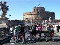 In bici a Castel St