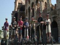 In segway al Colosseo
