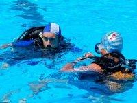 Lezioni diving in piscina