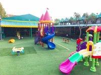 Il parco giochi per i piccoli