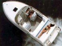 Motoscafo sul lago d'Iseo