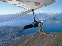 Un volo in deltaplano