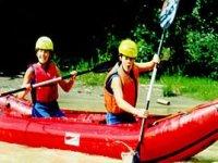 Divertimento A Bordo Della Canoa Gonfiabile
