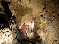 Ammirando le grotte