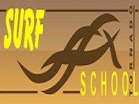 Surf School Tornado Canoa