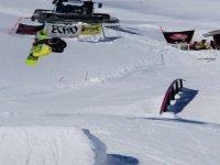 Piste solo per snowboarder