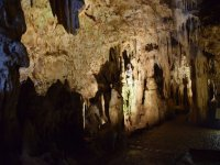 A contatto con stalattiti
