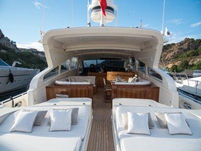 Charter in Yacht 27 mt, Poltu Quatu