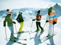In 4 sugli sci