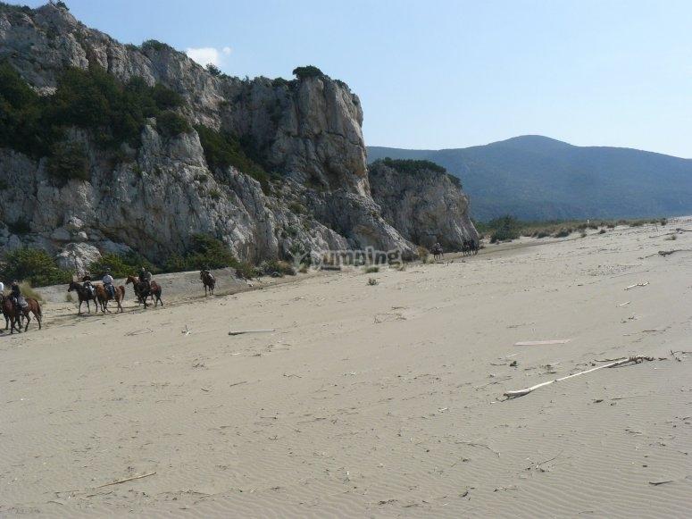 spiaggia a cavallo