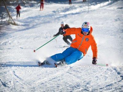 North West Ski Academy Noleggio Sci
