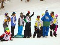 Alle prese con lo snowboard