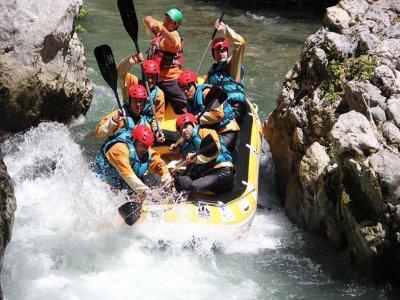 Rafting Fun Trip di un'ora nel Fiume Lao (ragazzi)