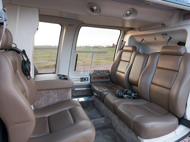 Bell 407GX interni