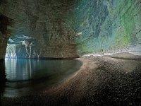 Una delle grotte piu suggestive da visitare con noi sulla costa garganica