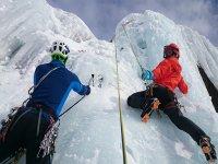 Arrampicata invernale sul ghiaccio