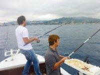 Si pesca in compagnia