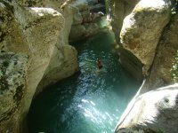Bagno durante il canyoning