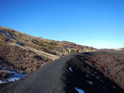 Trekking Colate laviche Etna 1/2 giornata adulti
