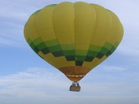 An exciting hot-air balloon flight