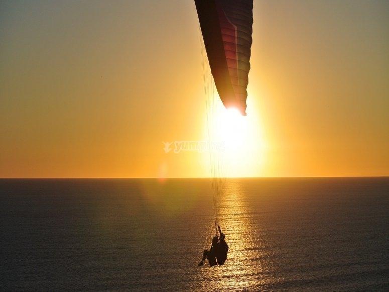 In volo sul mare