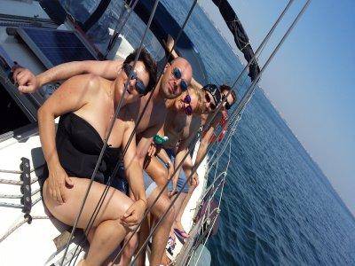 Emozioni in barca a vela (7 giorni) da Cesenatico