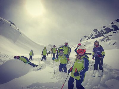 Ride'em Ski School