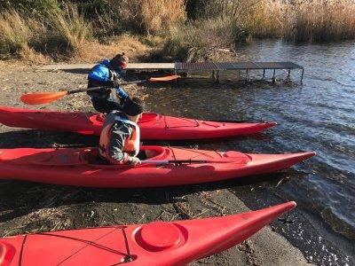 Lezione di kayak privata a Castelgandolfo 1,5 h