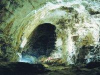 Scoprendo grotte millenarie