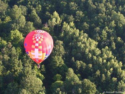 Volo per coppie in mongolfiera in Toscana